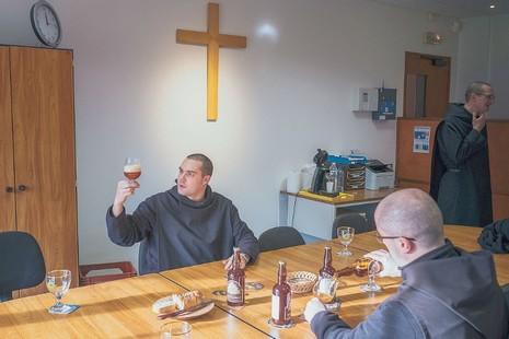 W_Benedictines-Beer